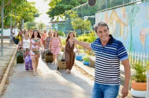 """Alexandre Borges apresenta a série """"Mundo Sem Mulheres"""", exibida no Fantástico e no canal GNT."""