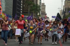 Manifestação final do 9º Encontro Internacional MMM na Avenida Paulista. Foto: Cintia Barenho.