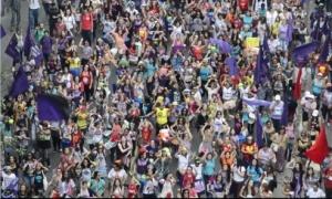 Manifestação final do Encontro Internacional da MMM, dia 31 de agosto de 2013.