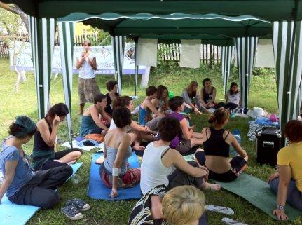 Acampamento das Jovens da MMM na Romênia, 2012. Foto: Nathalia Capellini.