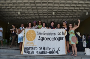 Militantes da MMM e do GT Mulheres da Articulação Nacional de Agroecologia no ENA.