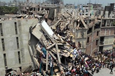 Foto: Rana Plaza, Bangladesh. (REUTERS/Andrew Biraj).